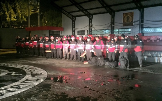 Bomberos rescate Sismo Pedernales